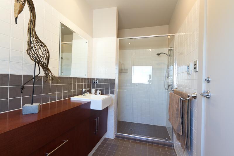 More design ideas in bathroom
