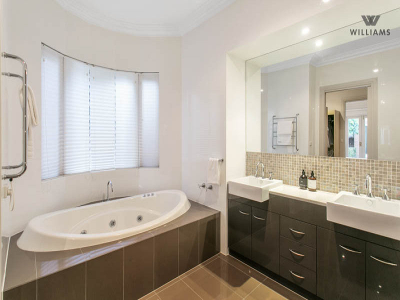 Bathroom Spaced Interior Design Ideas Photos And Pictures For Australian Homes