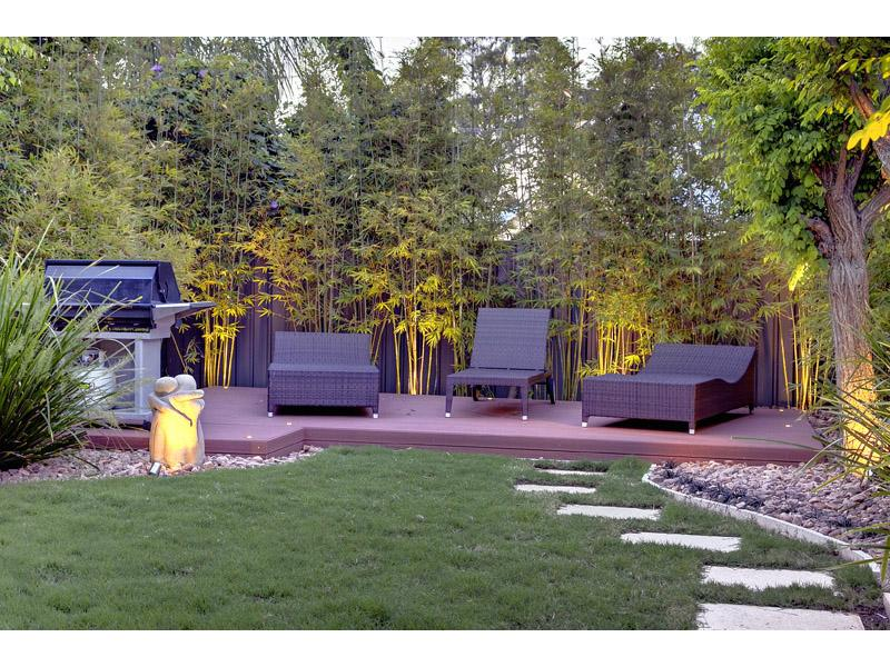 Backyard design ideas and photos