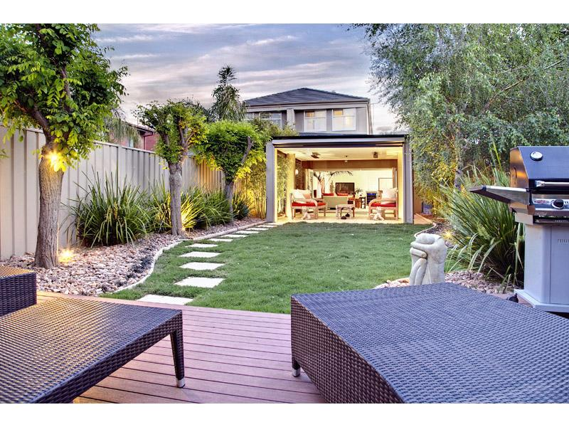 Backyard spaced interior design ideas photos and for Back garden designs australia